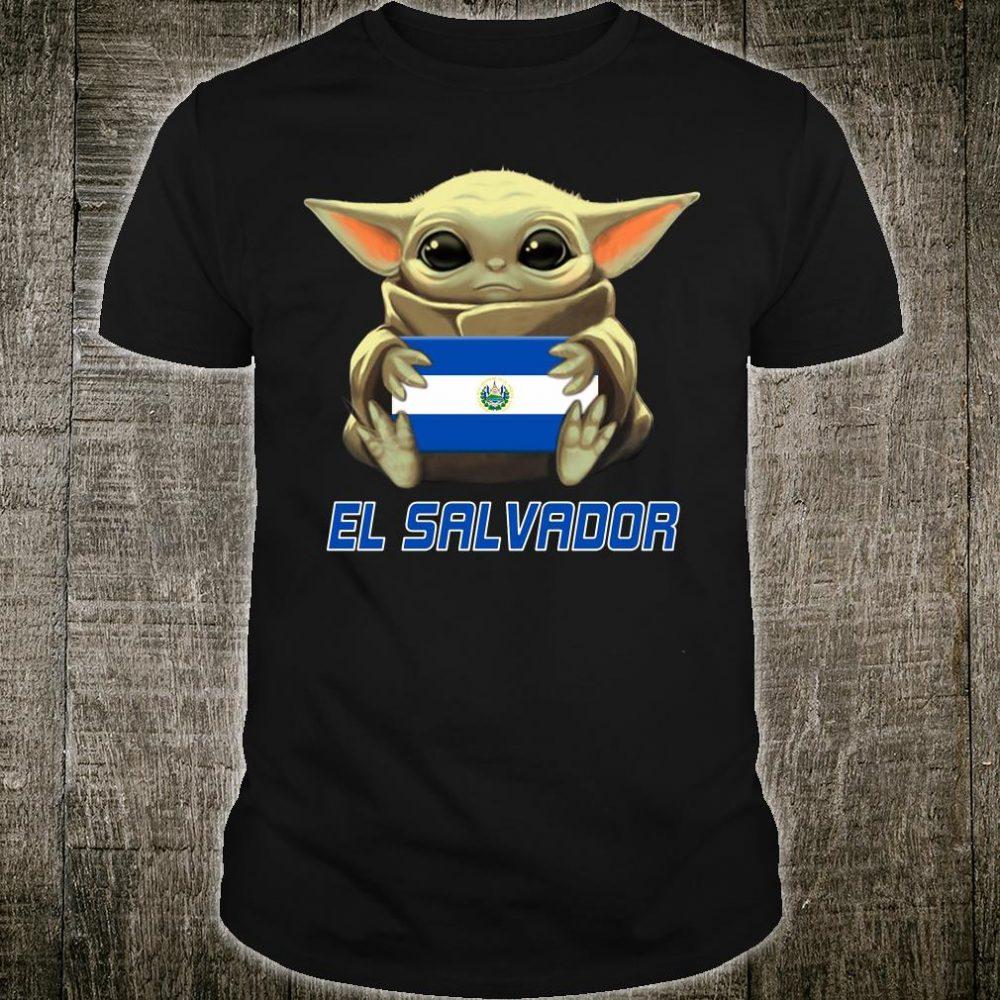 Baby Yoda hug El Salvador shirt